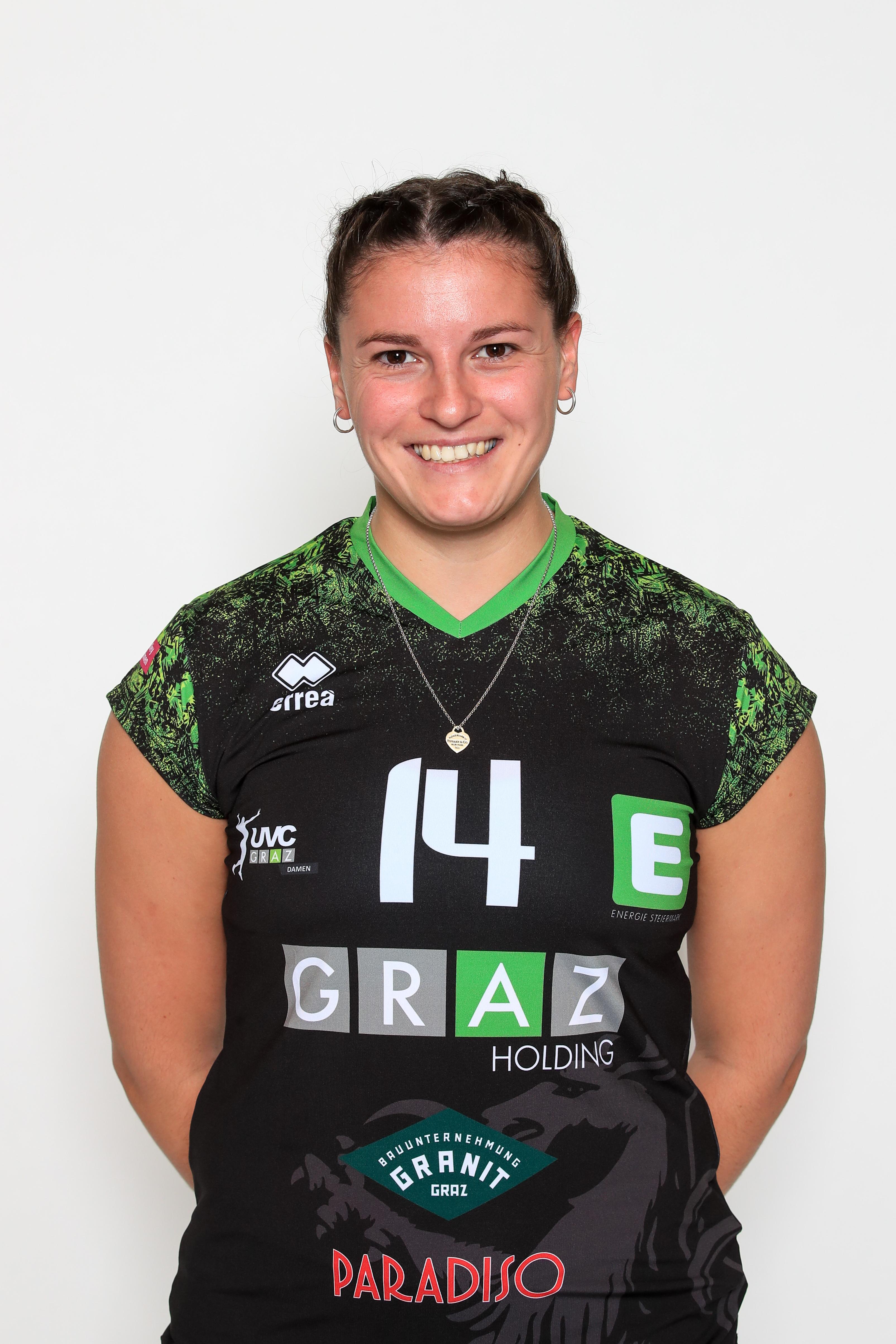 Photo of Viktoria FINK