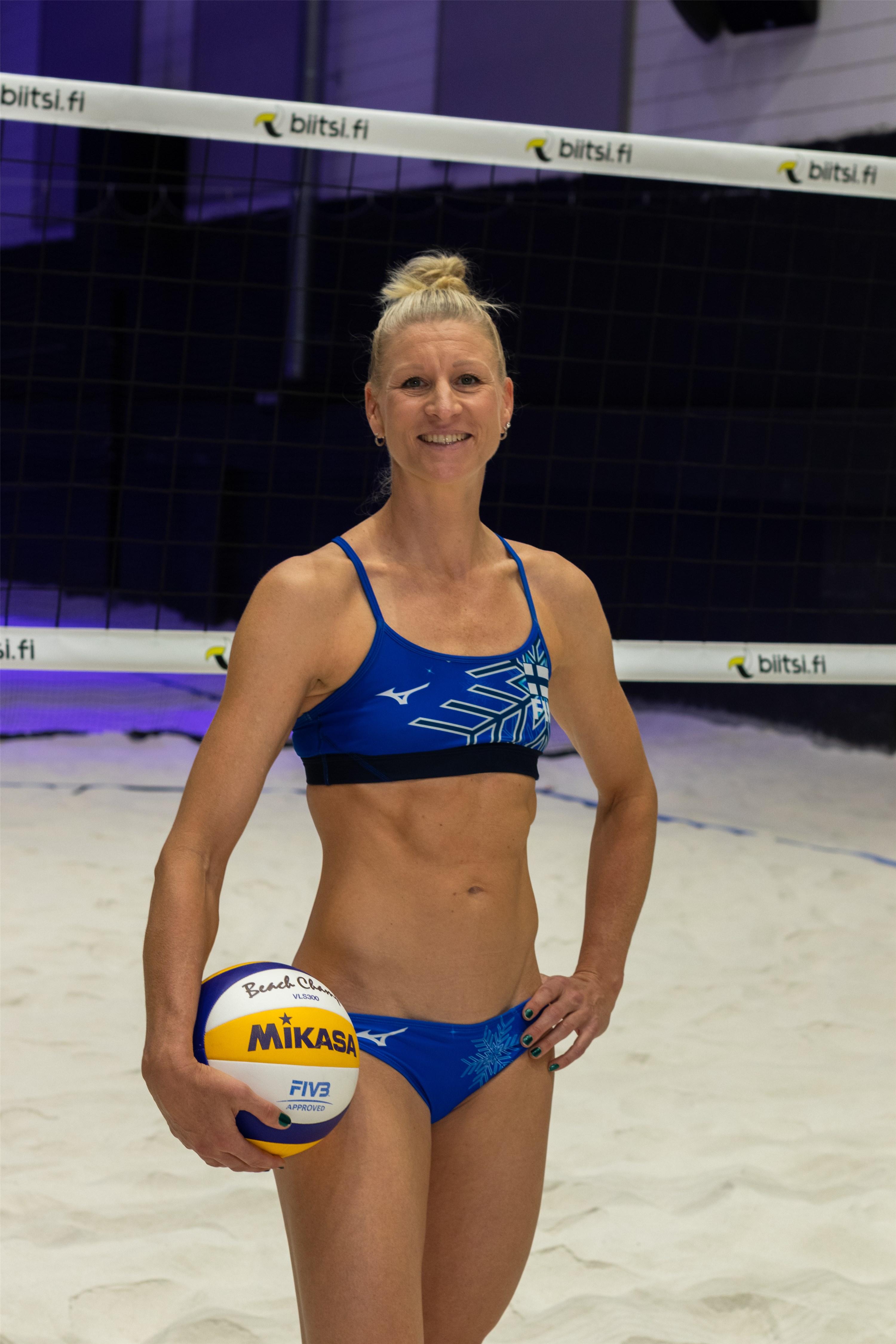 Photo of Riikka LEHTONEN