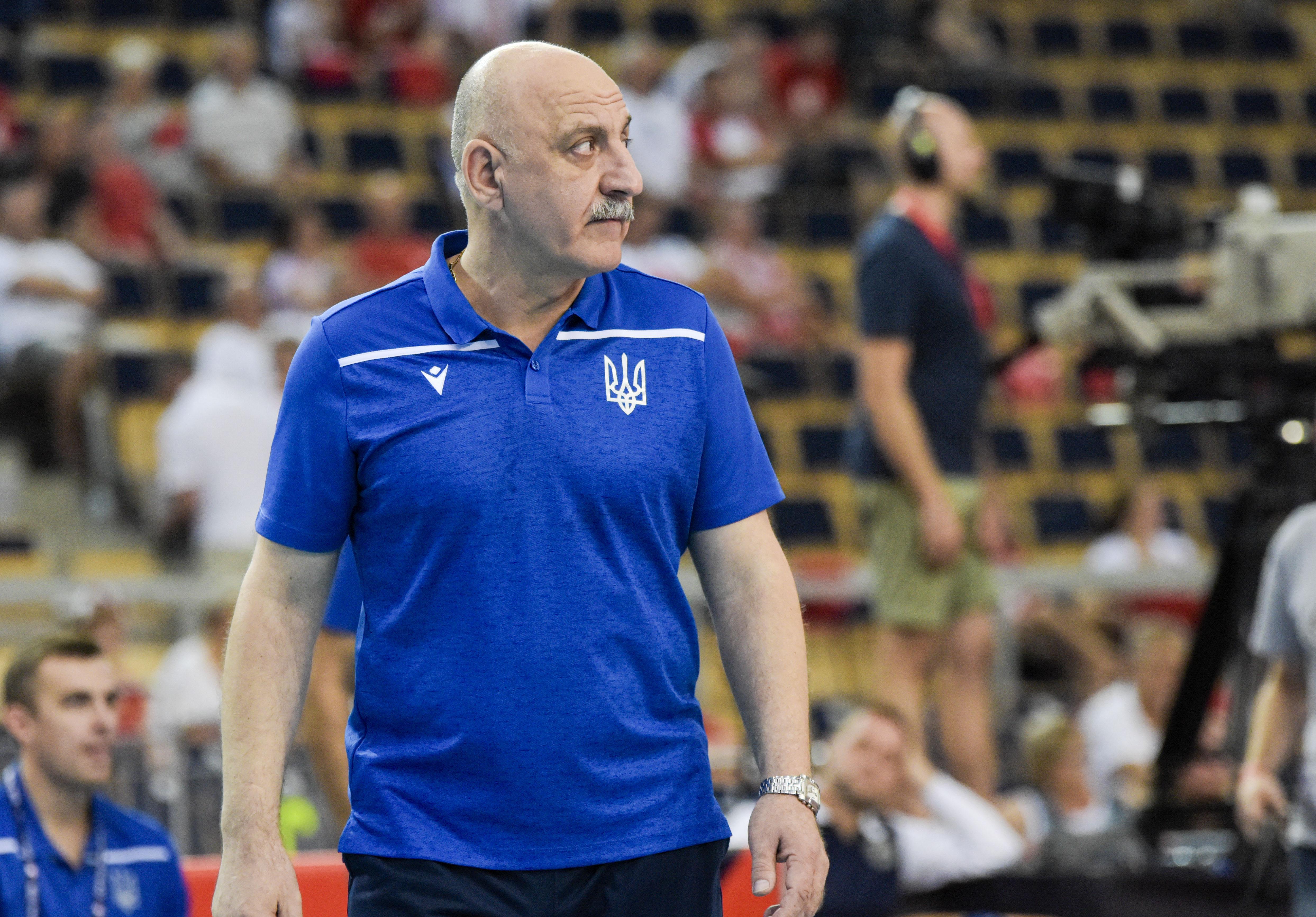 реакция организма тренер по волейболу романенко фото некоторых случаях